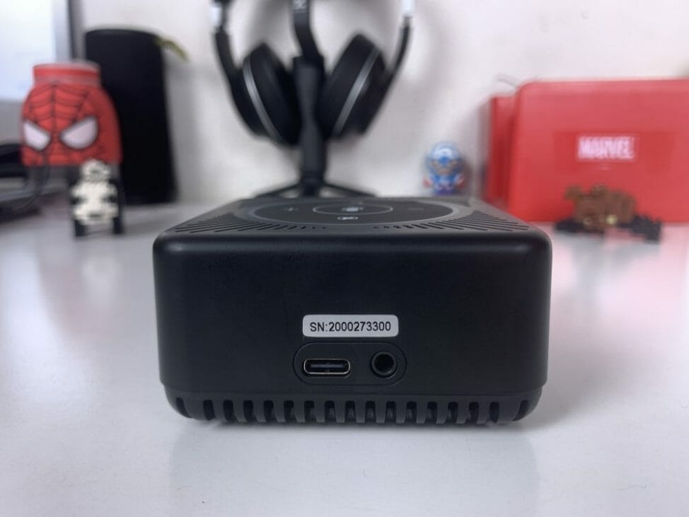 eMeet OfficeCore M0 Speakerphone - Ports and Connectivity